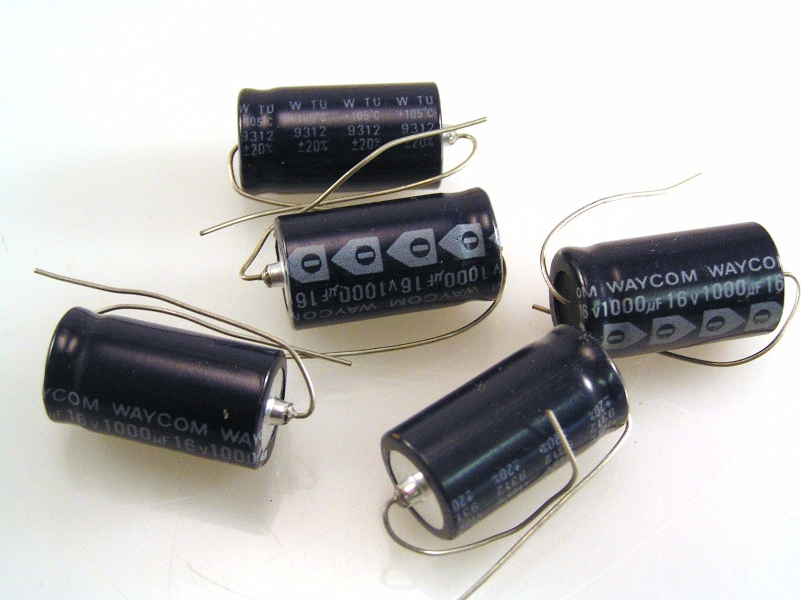 BC 2222 021 15102 Axial Electrolytic Capacitor 1000uF 16V  5 pieces OL0459