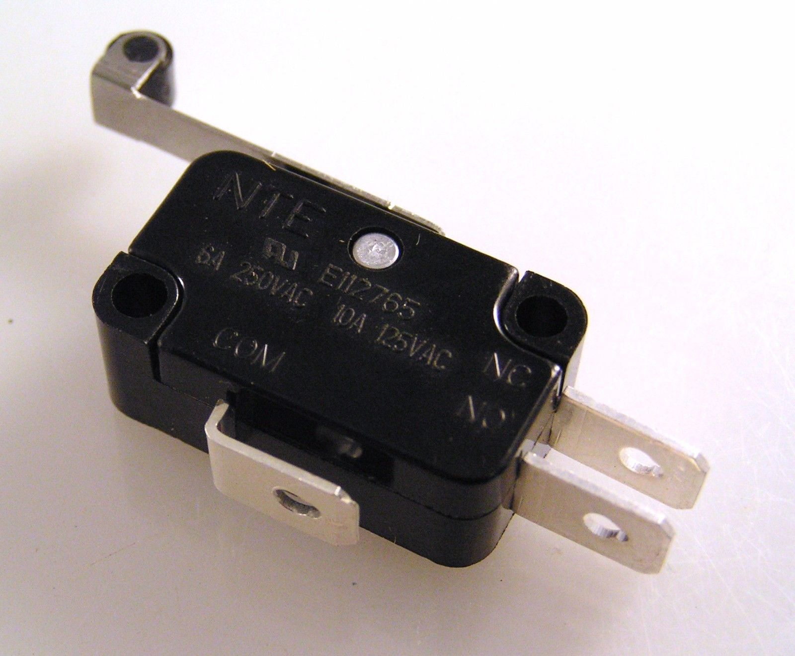 Nte E112765 Changeover Microswitch With Lever Roller 6a 250v V3r Om0617 1 Piece