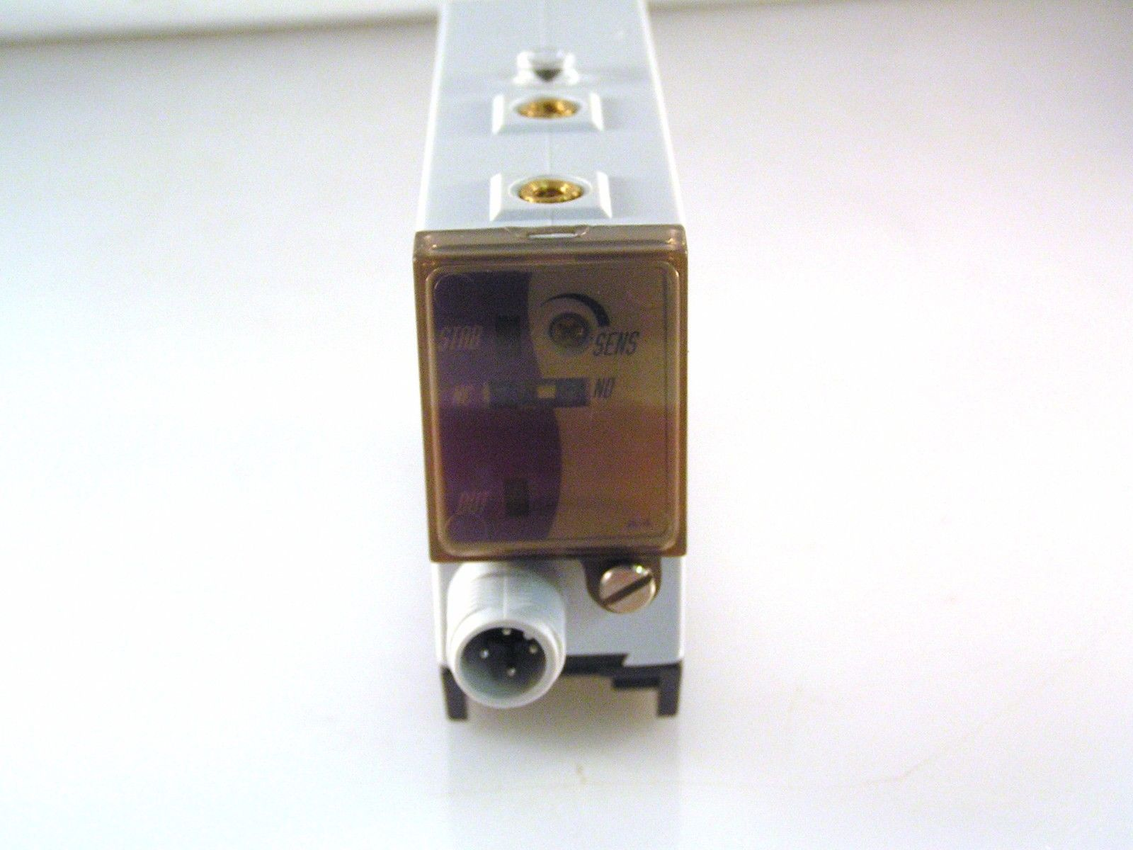 IMO Photoelectric Switch MM4//AP-1H 10-30VDC 200mm SD Diffuse Reflection MBB022a